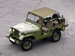 Jeep Willys M38A1 – Mini tropico/bikini (sola lona superior)
